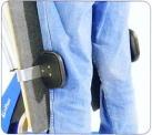 ひざサポートブロックは、垂直時も水平時もひざの位置を正しく支えます
